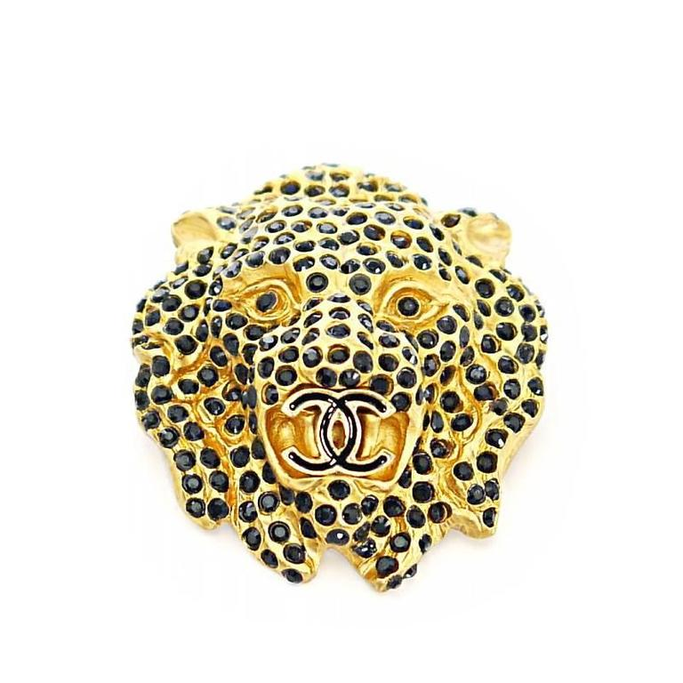 Vintage Chanel Lion Head Rhinestones CC Logo Brooch Pin 2