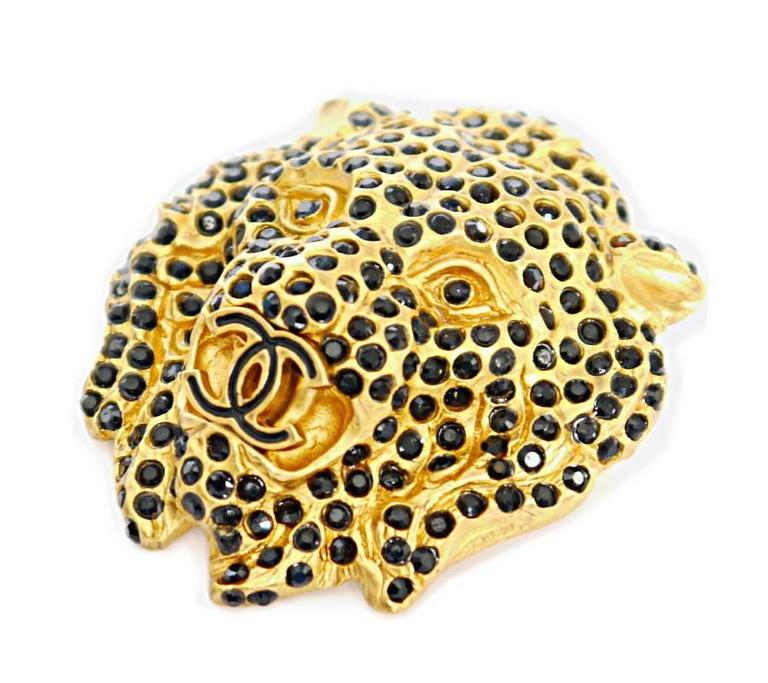 Vintage Chanel Lion Head Rhinestones CC Logo Brooch Pin 5