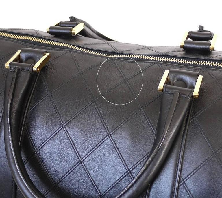 a58a8d3cc5e8 ... Excellent Condition For Sale In Hiroshima. Women's Vintage Chanel Black  Lambskin Flat Quilt Boston Duffle Bag For Sale