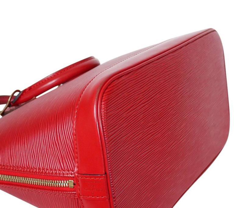 Louis Vuitton Epi Alma Handbag, Tote Red  4
