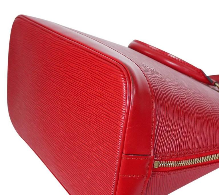 Louis Vuitton Epi Alma Handbag, Tote Red  5