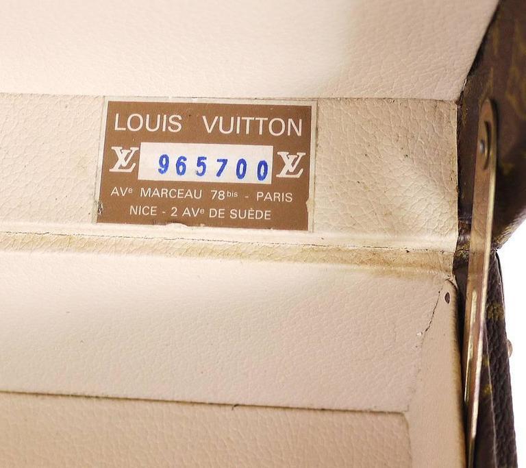 Vintage Louis Vuitton Monogram Cotteville 40 Hard Sided Suitcase  For Sale 1