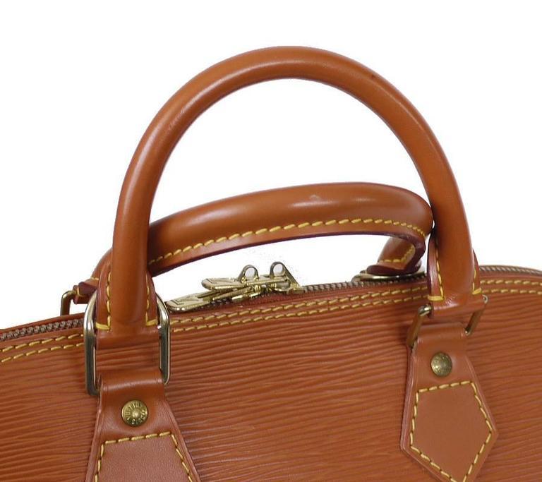 Louis Vuitton Epi Alma Handbag, Tote Zipangu Gold For Sale 2