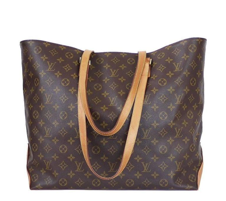 5aa7cbd4ea7e Louis Vuitton Cabas Alto shopping tote bag. This is discontinued model now.  This is