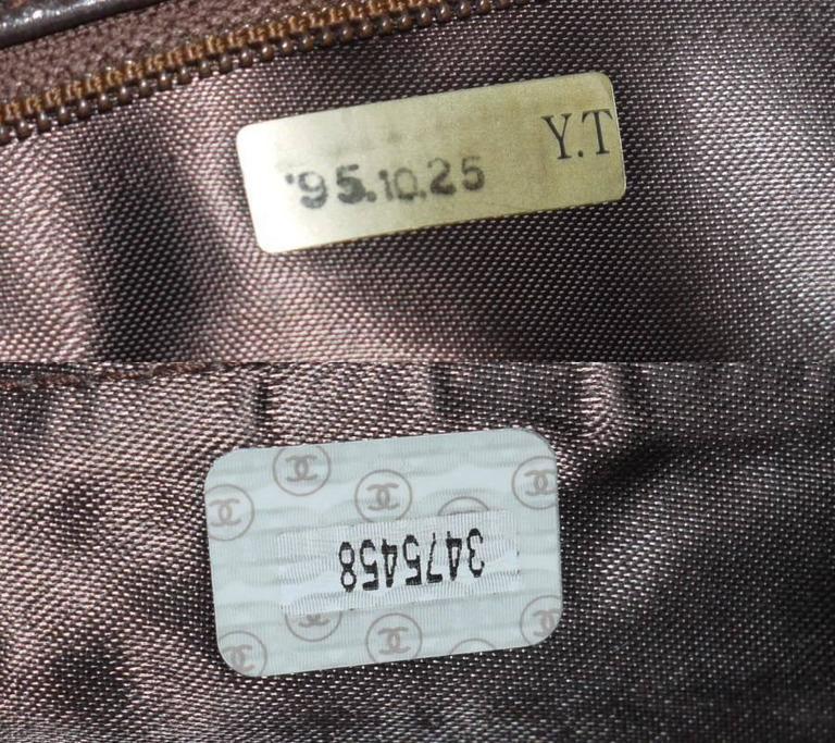 Vintage Chanel Cross Body Tassel Shoulder Bag For Sale 4