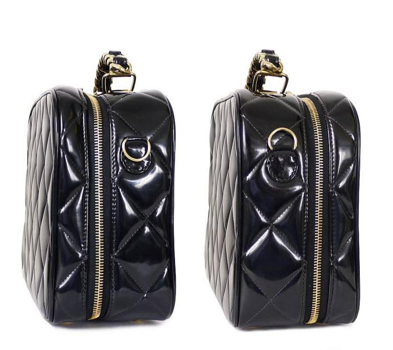 Chanel Black Patent 2way Lunch Box Crossbody Bag Rare In Excellent Condition For Sale In Hiroshima City, JP