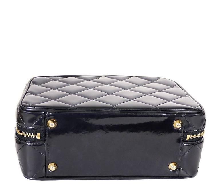 Women's Chanel Black Patent 2way Lunch Box Crossbody Bag Rare For Sale