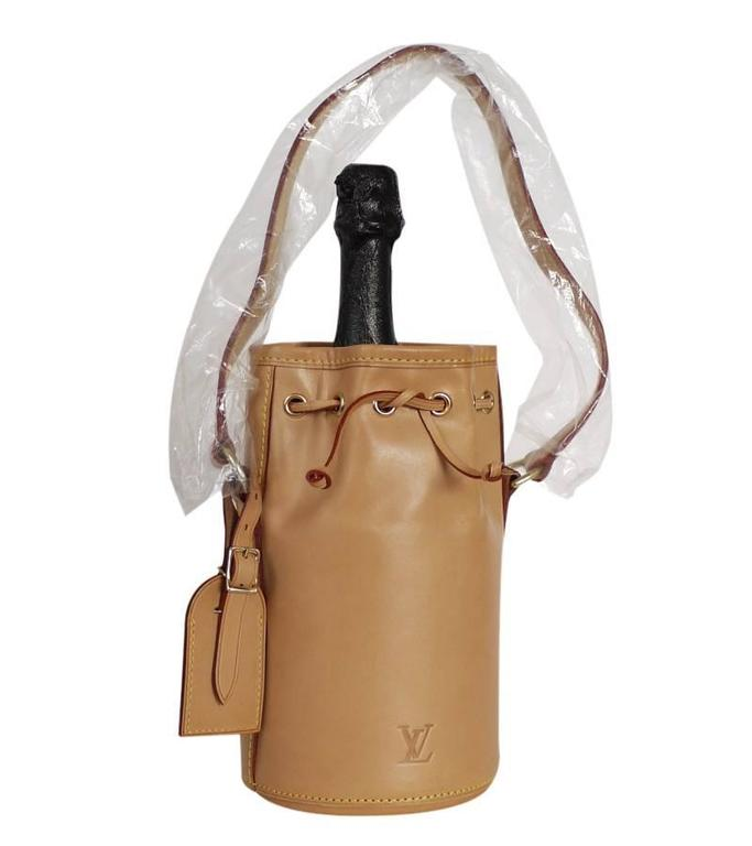 e1f6742bbb Brown Louis Vuitton x Dom Perignon Limited Edition Champagne Carrier For  Sale