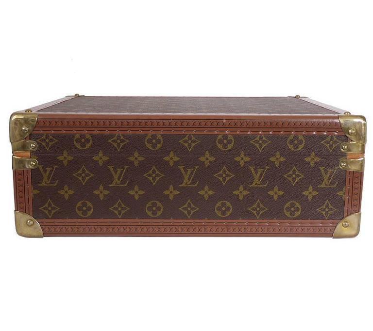 Brown Vintage Louis Vuitton Monogram Cotteville 40 Hard Sided Suitcase  For Sale