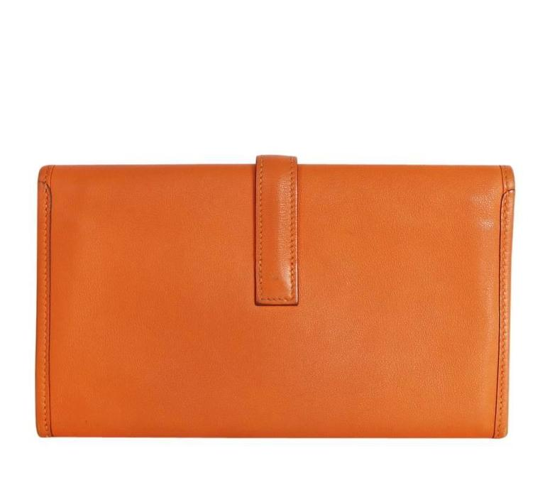 Hermes Jige Duo Clutch Bag With Zippy, Orange Swift Leather In Excellent Condition For Sale In Hiroshima City, JP