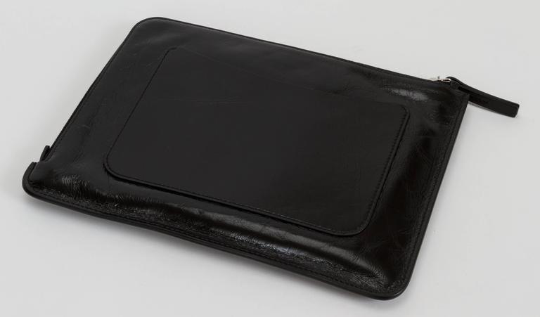 """Chanel Black """"Je Ne Suis Pas En Solde"""" Bag In Good Condition For Sale In Los Angeles, CA"""