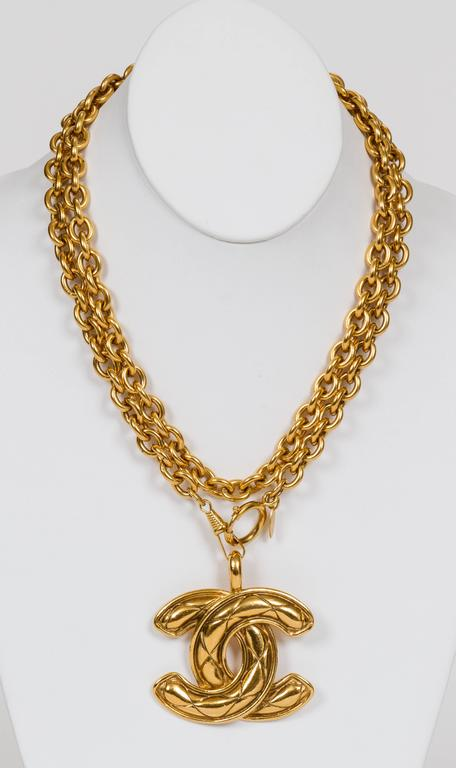 Chanel Quilted CC Logo Pendant Necklace 2