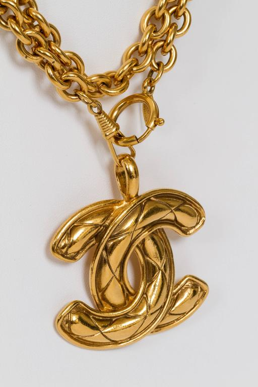 Chanel Quilted CC Logo Pendant Necklace 3