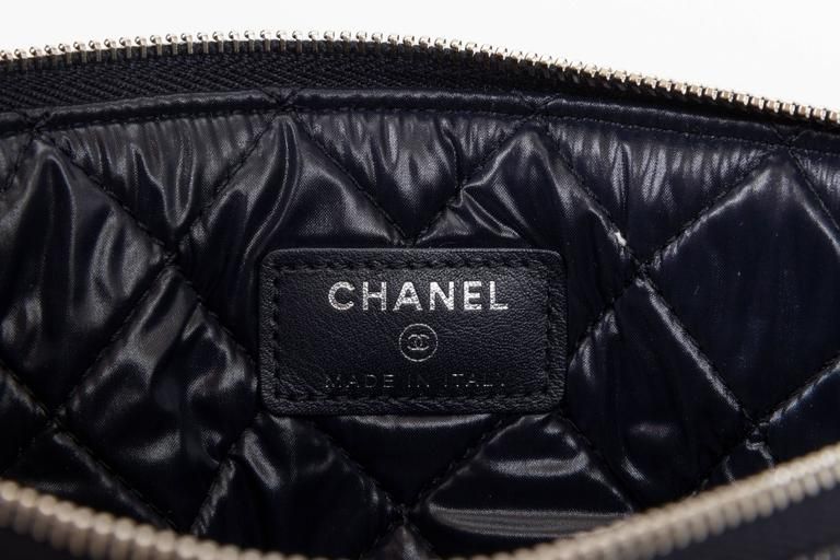 Chanel Medium Denim Zipped Clutch 4