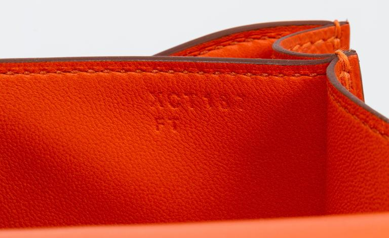 New in Box Hermès Feu Epsom Constance  For Sale 2