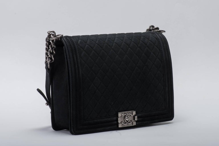New in Box Chanel Matte Caviar Jumbo Boy Bag In New Condition For Sale In Los Angeles, CA