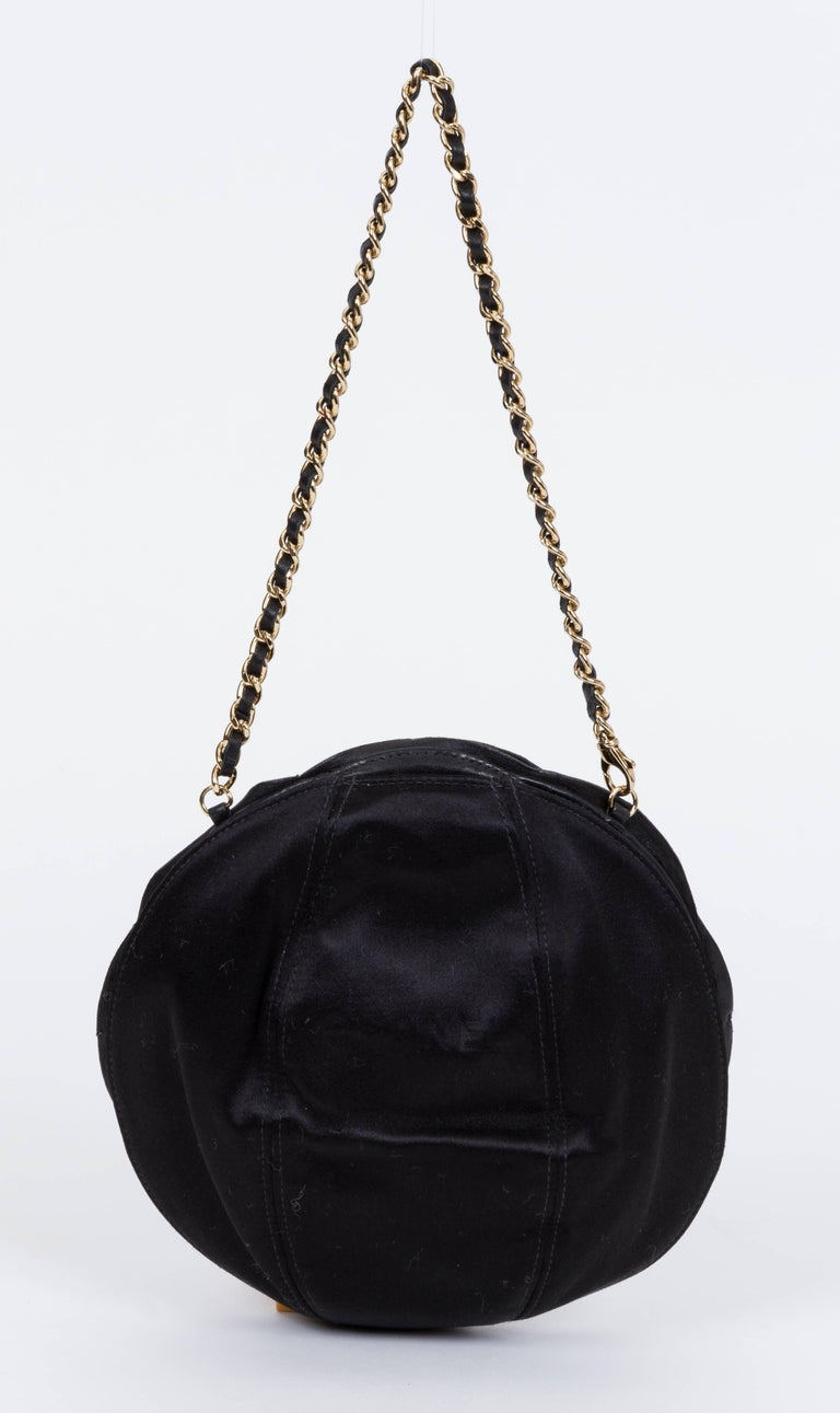 Chanel Black Leather Camellia Flower Bag In Good Condition For Sale In Los Angeles, CA