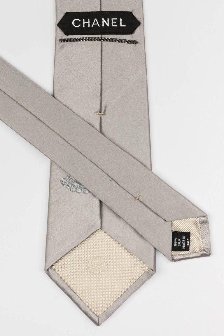 Men's Chanel Silver CC Logo Silk Tie For Sale