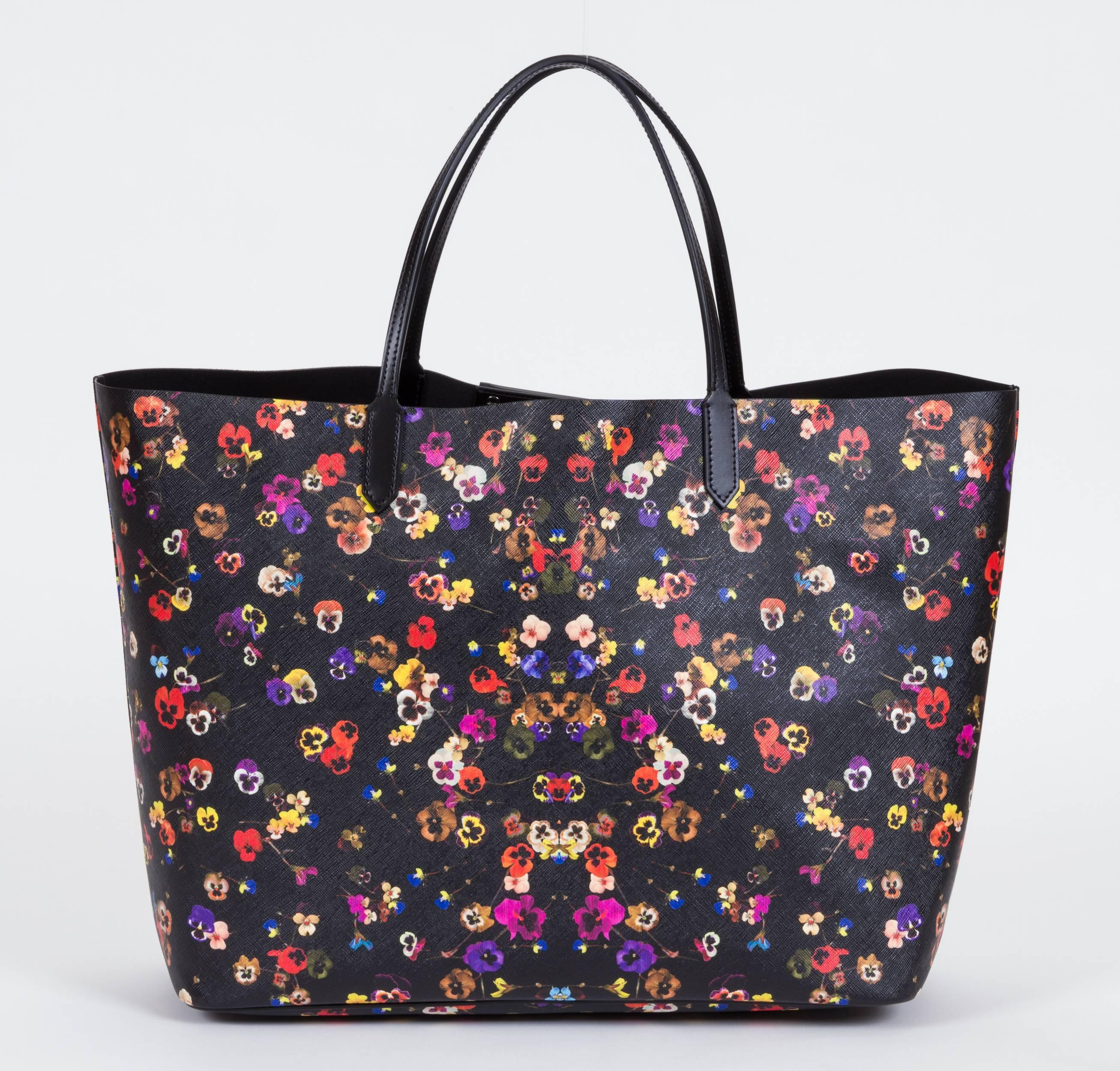 13b7bad042 New Givenchy Large Flower Antigona Shopper Tote Bag For Sale at 1stdibs