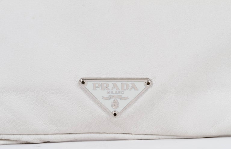 1990's Prada Vintage White Lambskin Handbag In Good Condition For Sale In West Hollywood, CA