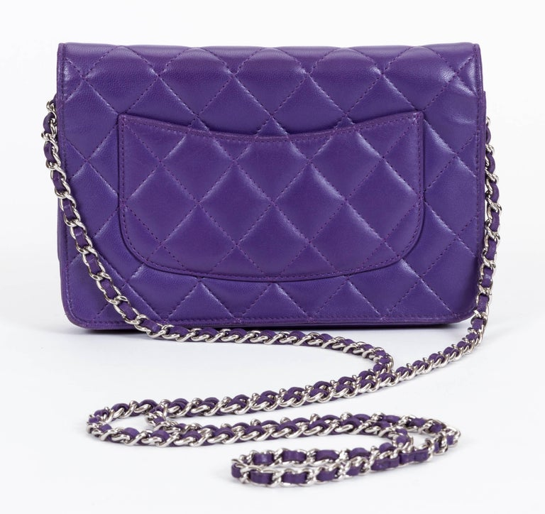 f5cc680369c5 Chanel Reissue Purple Wallet On A Chain Bag In Good Condition For Sale In  Los Angeles