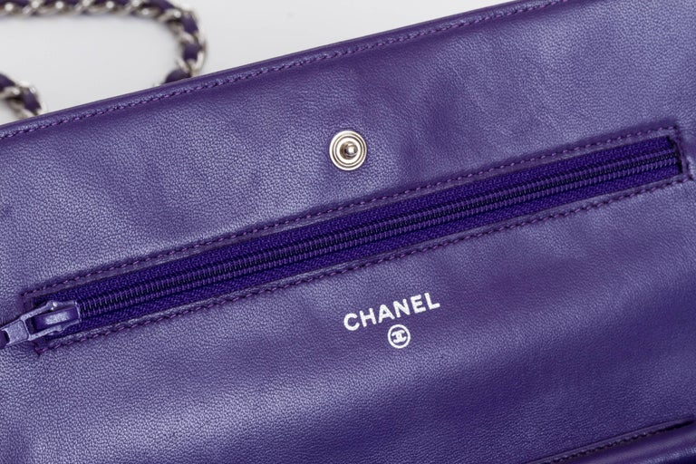 74b5937c792c Chanel Reissue Purple Wallet On A Chain Bag For Sale at 1stdibs