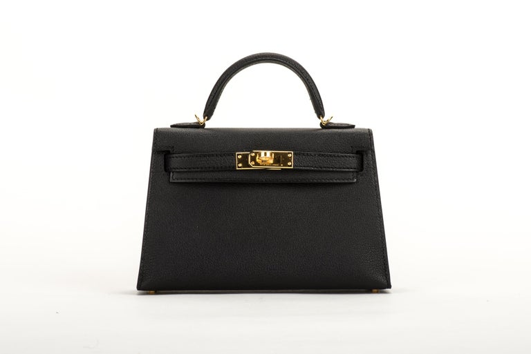New Hermes VIP Mini Kelly II Black Gold Bag In New Condition For Sale In West Hollywood, CA