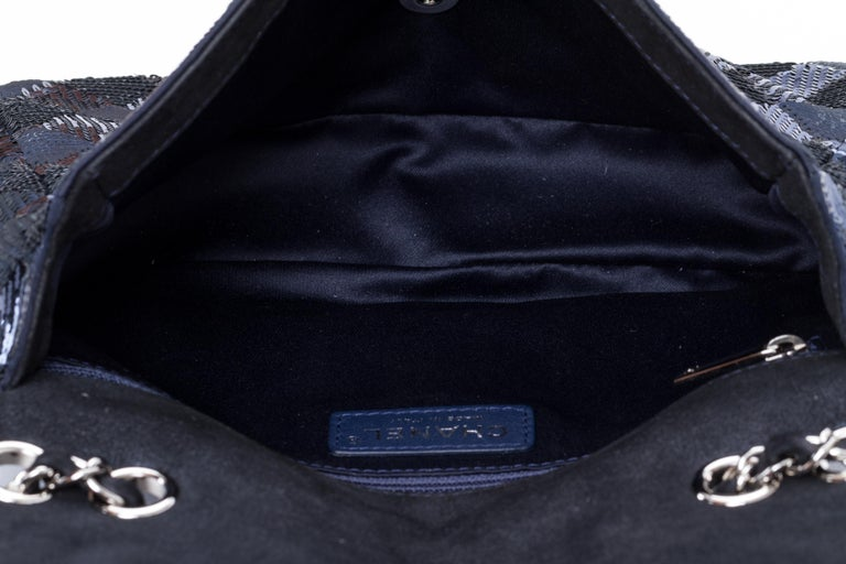 Chanel Navy and Black Sequins Evening Flap Bag For Sale 2