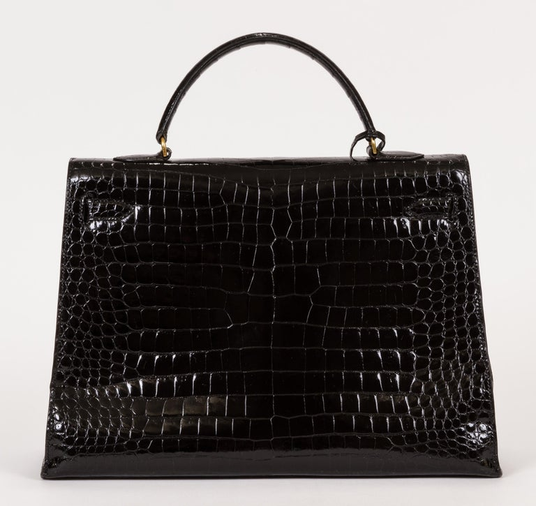 1960's Vintage Hermes Black Crocodile Kelly 35 Bag In Good Condition For Sale In Los Angeles, CA