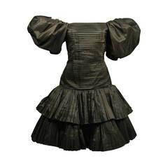 Oscar De La Renta Black Pleated and Puff Sleeve Cocktail Dress