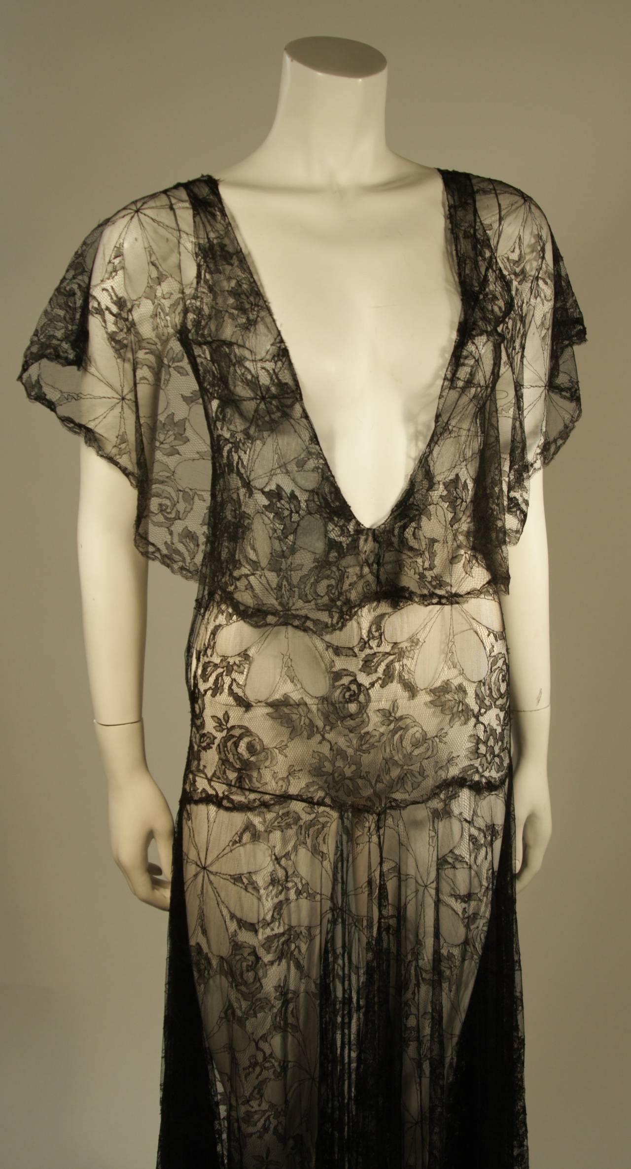 1930's Black French Lace Gown 4
