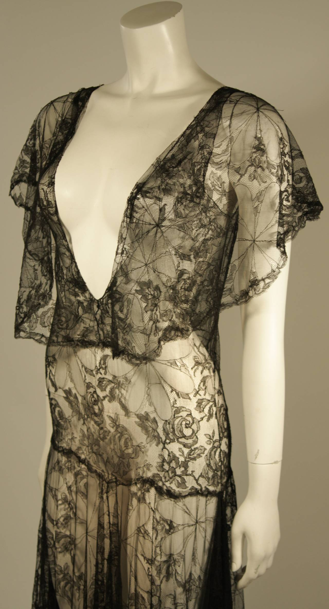 1930's Black French Lace Gown 6
