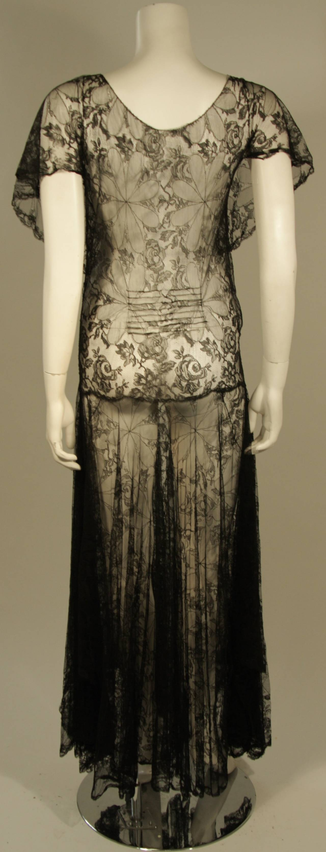 1930's Black French Lace Gown 8