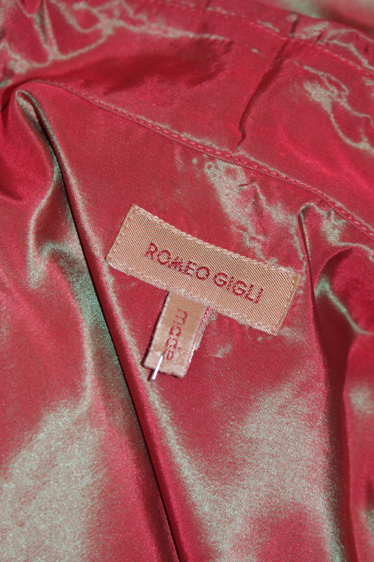Romeo Gigli Red Iridescent Shirt Size 42 For Sale 2