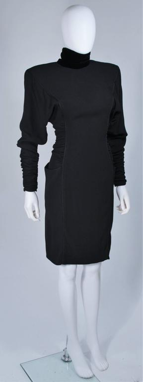 EMANUEL UNGARO 1980s Silk Long Sleeve Dress with Velvet Trim Size 8 In Excellent Condition For Sale In Los Angeles, CA