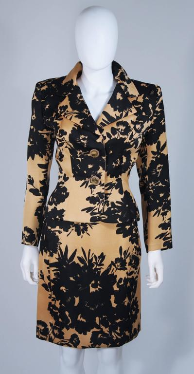 GIVENCHY Circa 1980s Apricot Brown and Black Floral Print Suit Size 6-8 In Excellent Condition For Sale In Los Angeles, CA