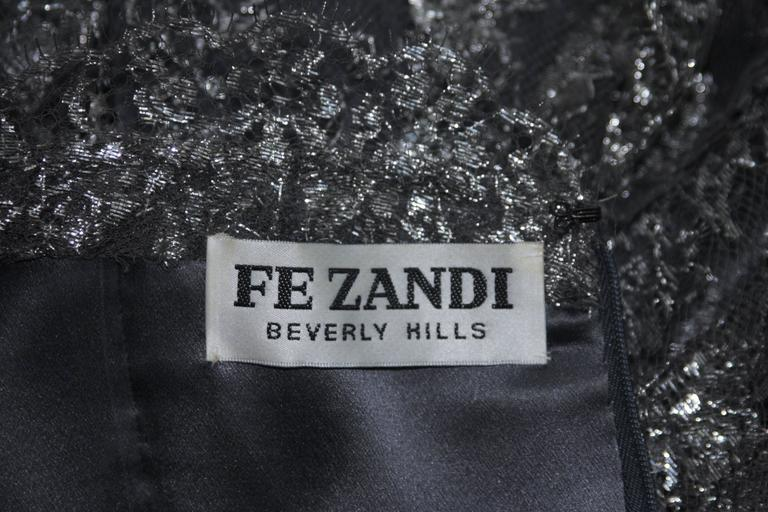 FE ZANDI Silver Lace Lame Gown with Scalloped Edges Size 8-10 For Sale 4