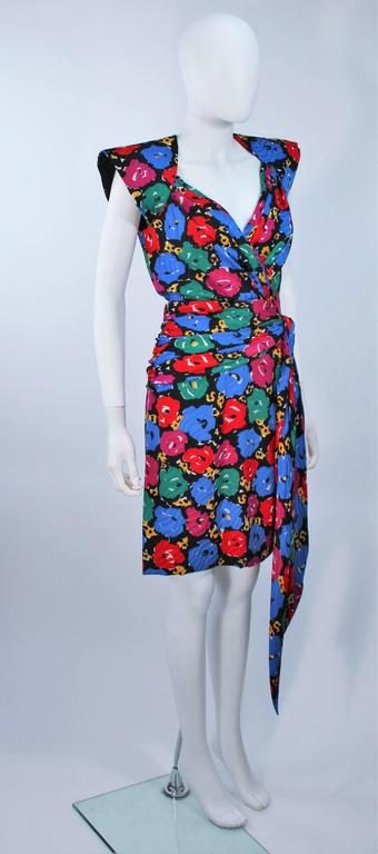 Women's ANDREA ODICINI Floral Primary Color Print Cocktail Dress Structured Shoulder 10 For Sale