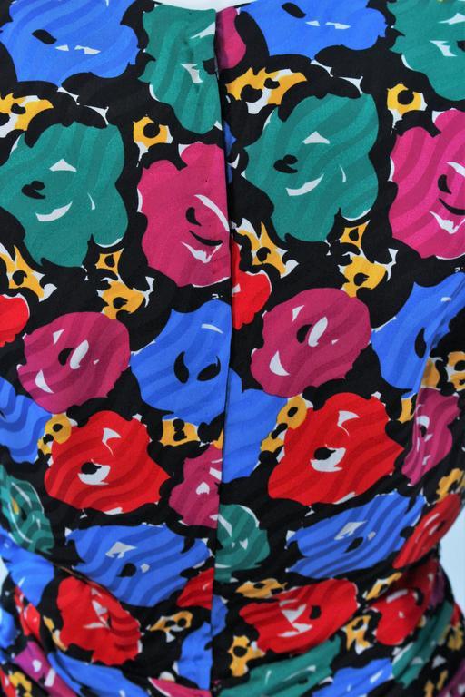 ANDREA ODICINI Floral Primary Color Print Cocktail Dress Structured Shoulder 10 For Sale 4