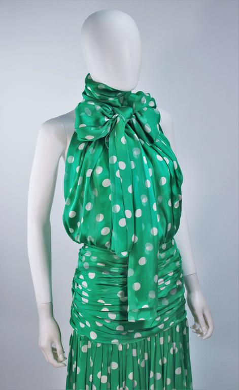 Women's JIKI MONTE CARLO Silk Green and White Polka Dot Gown Size 2 For Sale