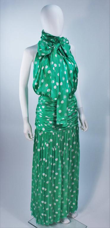 JIKI MONTE CARLO Silk Green and White Polka Dot Gown Size 2 In Excellent Condition For Sale In Los Angeles, CA