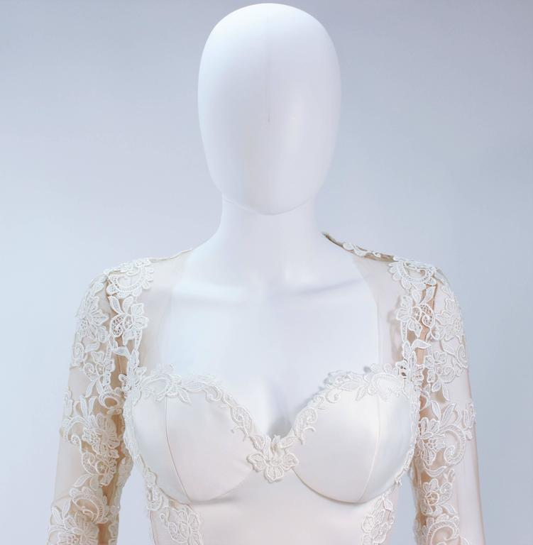 Women's GALIA LAHAV Couture White Floral Lace Gown with Train and Sheer Details Size 2 For Sale