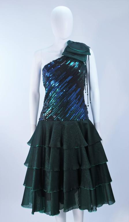 Black Iridescent Emerald Green Sequin Cocktail Dress Size 6-8 For Sale