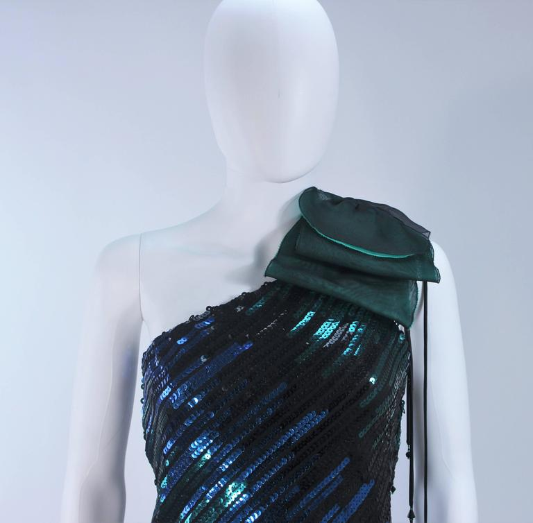 Iridescent Emerald Green Sequin Cocktail Dress Size 6-8 For Sale 2