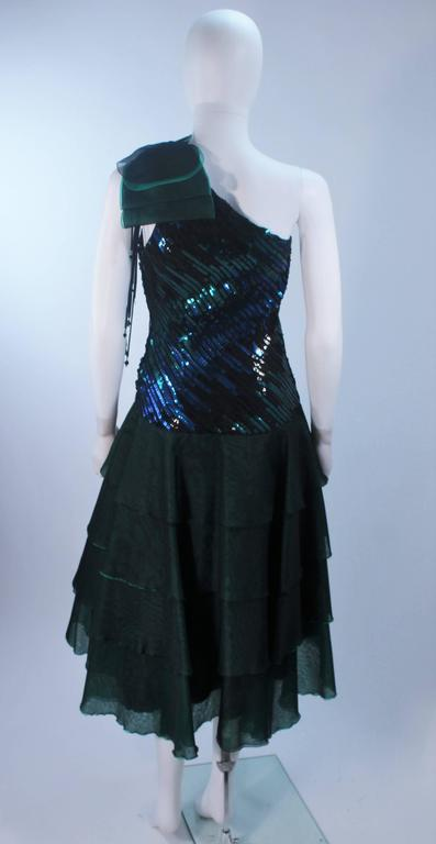 Iridescent Emerald Green Sequin Cocktail Dress Size 6-8 For Sale 4
