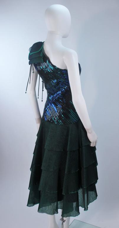 Iridescent Emerald Green Sequin Cocktail Dress Size 6-8 For Sale 3
