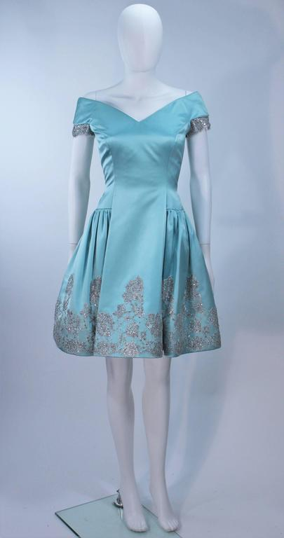 VERA WANG 'Made to Order' Silk Blue Cocktail Dress with Lace Trim Size 6-8 2