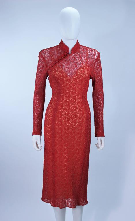 Red MONIQUE LHUILLIER Asian Inspired Deep Coral Knit lace Cocktail Dress Size 8 For Sale
