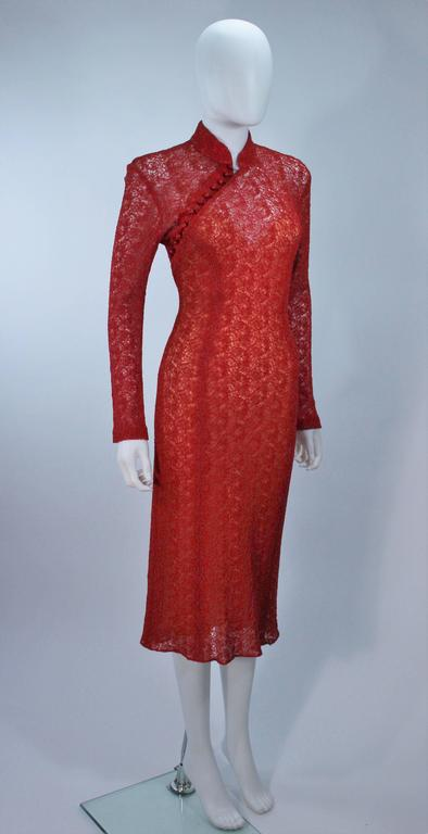 Women's MONIQUE LHUILLIER Asian Inspired Deep Coral Knit lace Cocktail Dress Size 8 For Sale