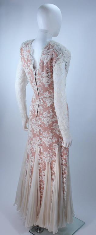 TRAVILLA Lace Gown with Nude Underlay Size 4 6 For Sale 1
